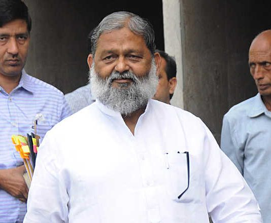 Haryana minister Anil Vij detected covid amid taking covaxin