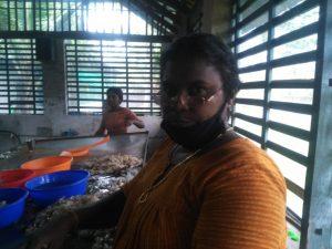 Bindhu Sunil , Peeleng labourer