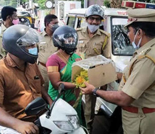 Motor vehicle Thiroorangadi distributing Vishukit