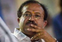 v muraleedharan criticizes chief minister